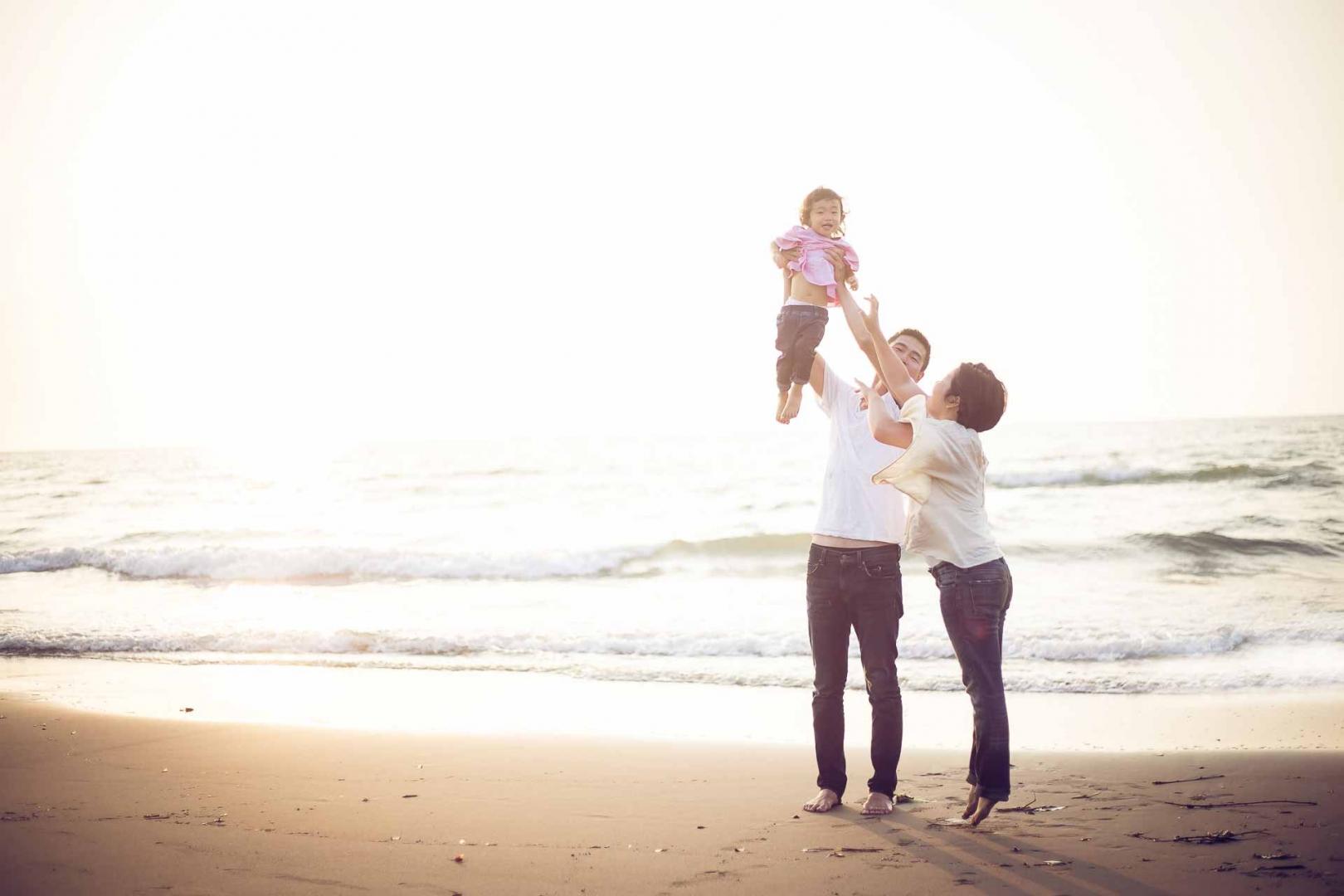 Fotos der Familie am Strand