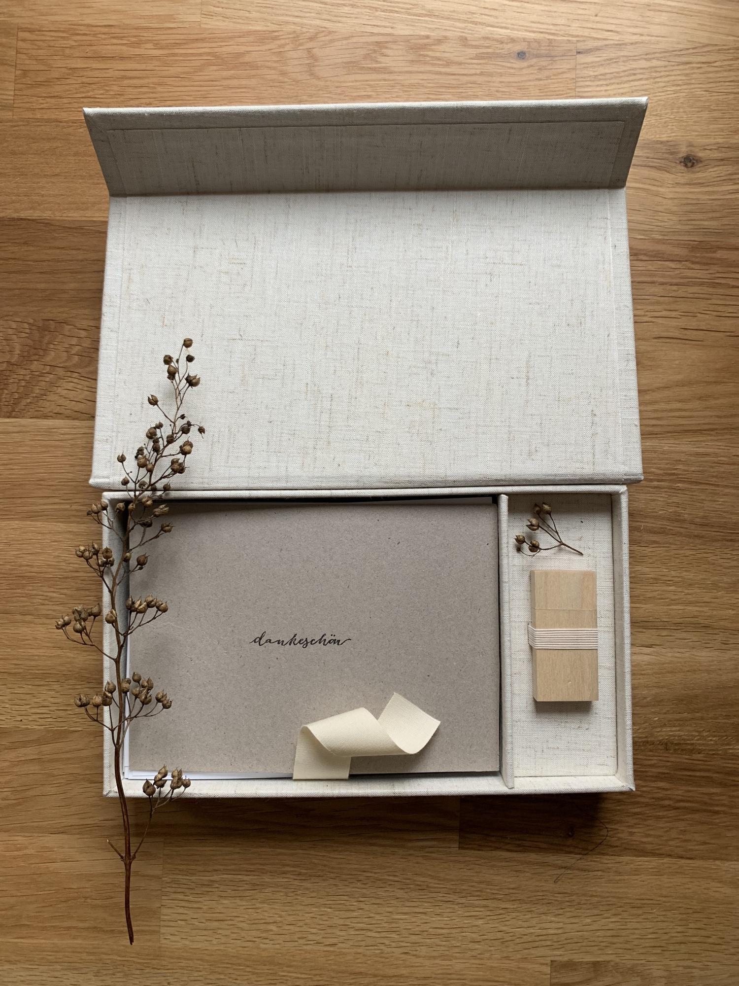 Neugeborenen Fotoshooting Geschenkbox | Magdalin Fotografie