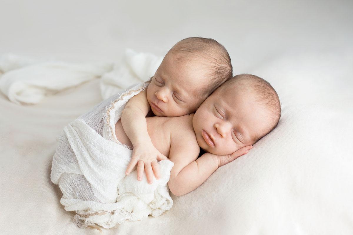 Babyfoto von Zwillingen in Nürnberg